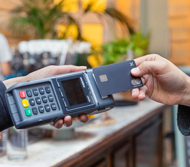 Anteprima della carta Qonto | | Migliori conti correnti aziendali e per professionisti